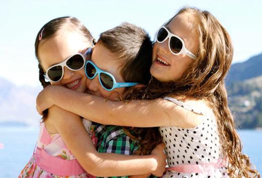f2db134e1e8c Брендовые солнцезащитные очки для детей - Интернет магазин оптики ...