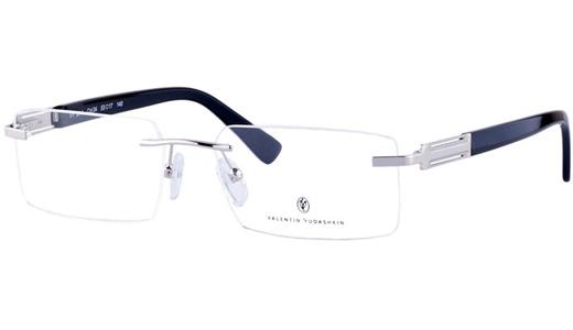 Valentin Yudashkin выпускает очки в русском стиле - Интернет магазин ... 12451ca4a92